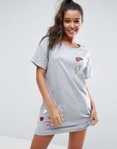 Oversize-футболка с нашивками ASOS - Серый