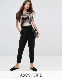 Льняные брюки со сборками на талии и поясом ASOS PETITE - Черный