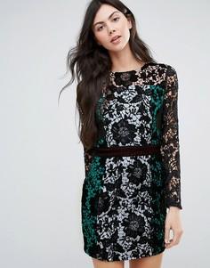 Кружевное платье колор блок с длинными рукавами Endless Rose - Черный