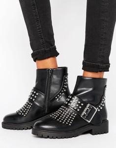 Байкерские ботинки с заклепками и пряжками Missguided - Черный