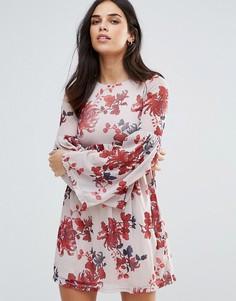 Свободное платье с рукавами-колокол и принтом Oh My Love - Белый
