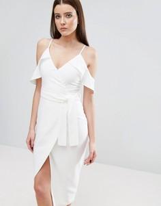 Платье миди с открытыми плечами и поясом Lavish Alice - Белый