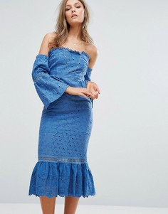 Платье миди с открытыми плечами и оборками Foxiedox - Синий