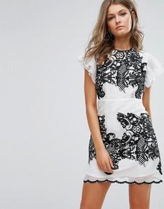 Платье мини с вышивкой и оборками на рукавах Foxiedox - Белый