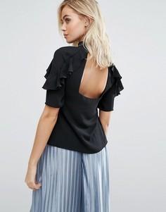 Рубашка с оборками и открытой спиной Fashion Union - Черный