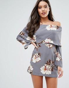 Платье с вырезом лодочкой и цветочным принтом Missguided - Мульти