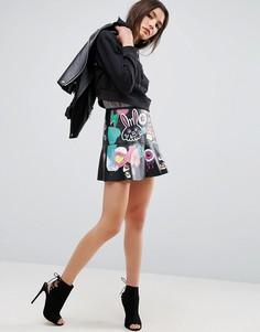 Кожаная мини-юбка с граффити ASOS - Черный