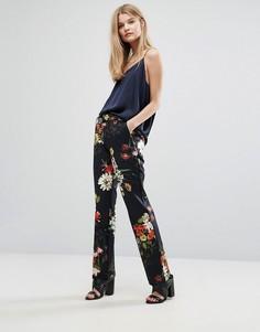 Узкие брюки с цветочным принтом Gestuz Phoebe - Мульти