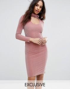 Бархатное платье миди с высокой горловиной Club L Ribbed - Розовый