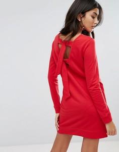 Свободное трикотажное платье с завязками на спине Daisy Street - Красный