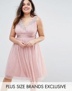 Приталенное платье из тюля с цветочной вышивкой Little Mistress Plus - Розовый