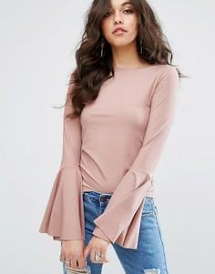 Топ в рубчик с расклешенными рукавами Missguided - Розовый