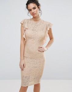 Кружевное платье миди с рюшами TFNC - Розовый