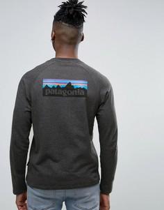 Черный меланжевый легкий свитшот узкого кроя с логотипом на спине Patagonia P-6 - Черный
