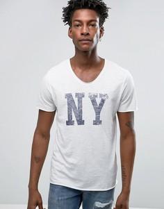 Футболка с глубоким вырезом и принтом NY Selected Homme - Белый