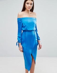 Платье миди с открытыми плечами и завязками на рукавах Lavish Alice - Синий