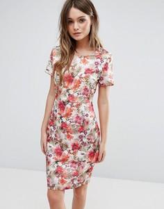 Платье-тюльпан с принтом QED London - Розовый