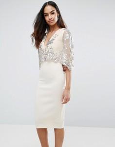 Платье миди с пайетками и накидкой Club L - Stone