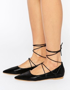 Туфли на плоской подошве с заостренным носком и шнуровкой RAID Carter - Черный