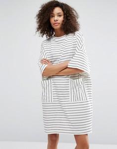 Платье-футболка в полоску Monki - Темно-синий
