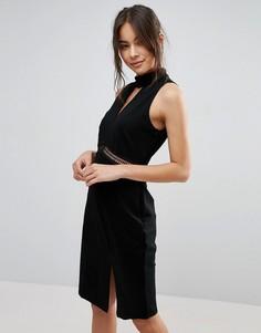 Платье с высокой горловиной и разрезом Adelyn Rae - Черный