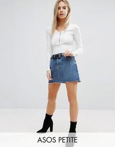 Асимметричная джинсовая мини-юбка с необработанным краем ASOS PETITE - Синий