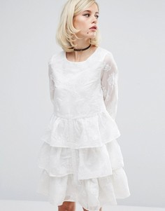 Платье с выжженным цветочным принтом и оборками Lost Ink - Белый