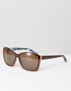 Солнцезащитные очки Ted Baker Larke - Коричневый