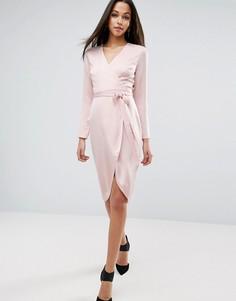 Атласное платье миди с запахом ASOS - Розовый