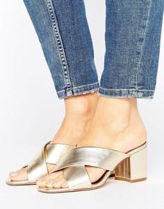 Кожаные туфли на каблуке с перекрестными ремешками New Look - Золотой