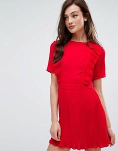 Плиссированное платье с оборками Fashion Union - Красный