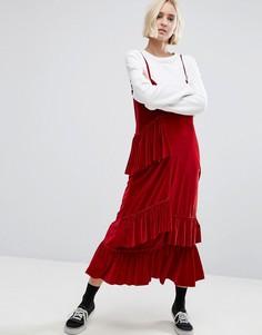 Бархатное платье миди на тонких бретельках STYLENANDA - Красный