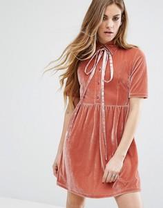 Бархатное платье с завязкой на бант у горловины Motel - Розовый