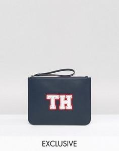 Эксклюзивный темно-синий клатч с ремешком на запястье Tommy Hilfiger - Темно-синий