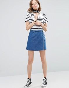 Синяя джинсовая юбка с запахом ASOS - Синий