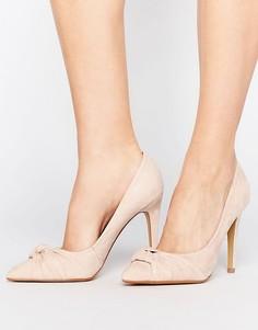 Туфли-лодочки с острым носком и узелком Head Over Heels By Dune Arria - Бежевый
