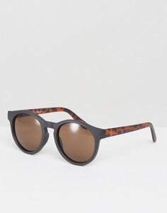 Круглые солнцезащитные очки с контрастной боковой отделкой AJ Morgan - Черный