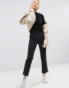 Укороченные брюки с необработанными краями Weekday - Черный