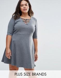 Короткое приталенное платье на шнуровке спереди Alice & You Plus - Серый