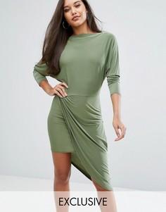 Платье миди с запахом на юбке и вырезом по косой Club L - Зеленый