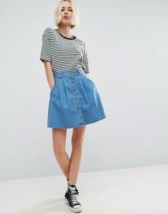 Синяя джинсовая расклешенная мини-юбка на пуговицах ASOS - Синий