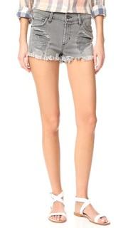 Свободные обрезанные шорты James Jeans