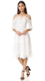 Платье с открытыми плечами Endless Rose