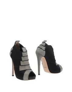 Полусапоги и высокие ботинки Chrissie Morris