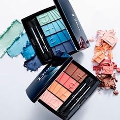 DIOR Палетка теней для макияжа глаз Dior Colour Gradation 4 Colours Eyeshadow Palette № 001 Blue Gradation, 4,5 г
