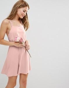 Креповое платье мини с перекрестной спинкой ASOS WEDDING - Розовый