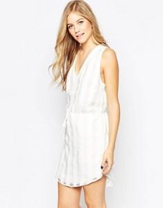 Белое платье в клетку с завязкой на талии Adelyn Rae - Белый