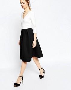 Платье миди с фактурной юбкой ASOS - Кремовый