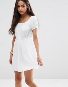 Платье с отделкой кроше Brave Soul - Белый