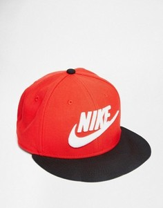 Бейсболка Nike Limitless 584169-659 - Красный